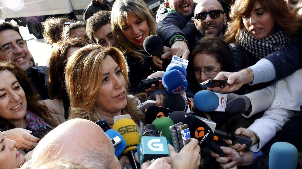Foto: La presidenta de Andalucía, Susana Díaz, el pasado 28 de diciembre llegando al comité federal de los socialistas, en Ferraz. (EFE)