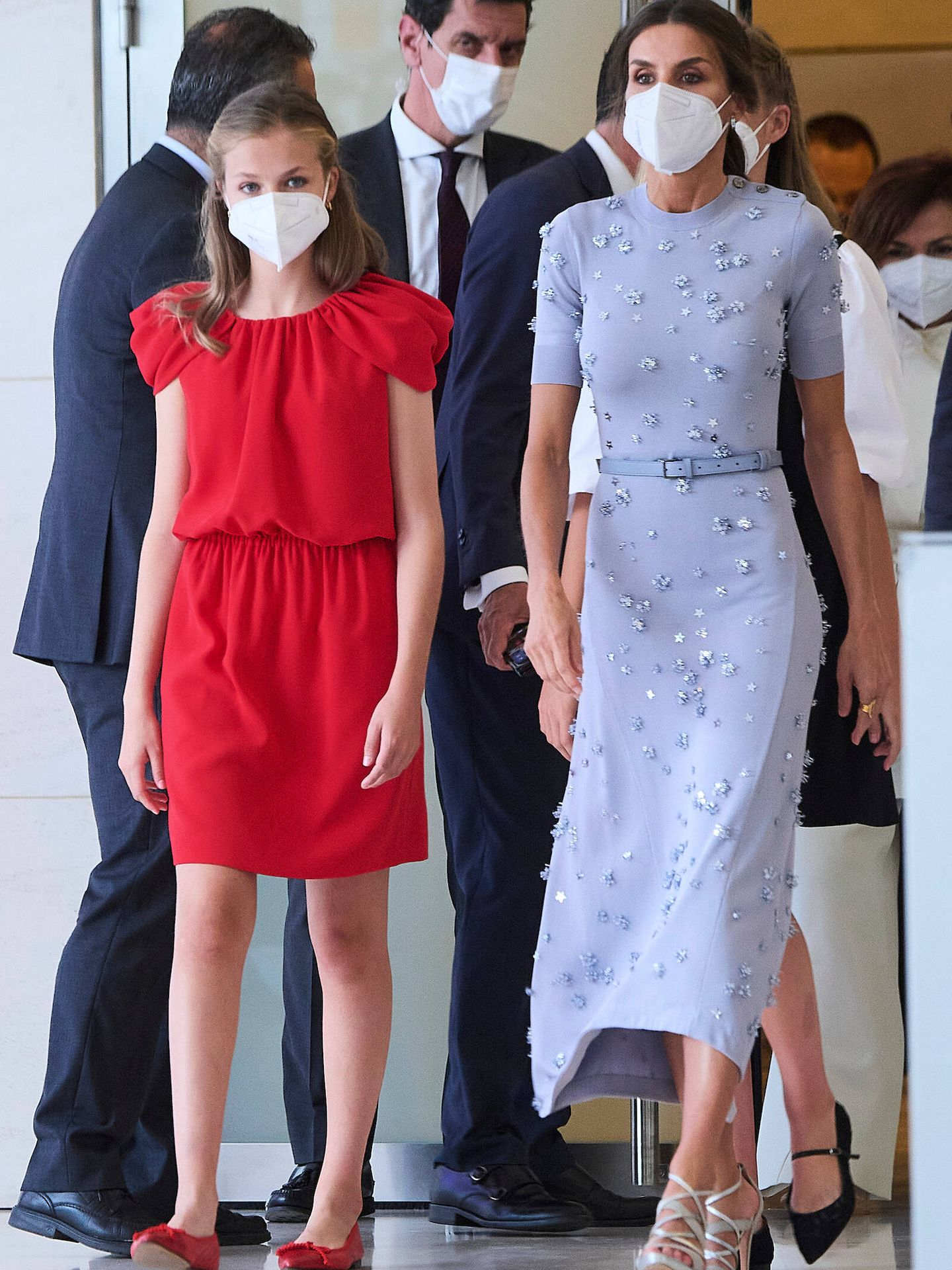 La reina Letizia, con la infanta Sofía en los Premios Princesa de Girona. (LP)