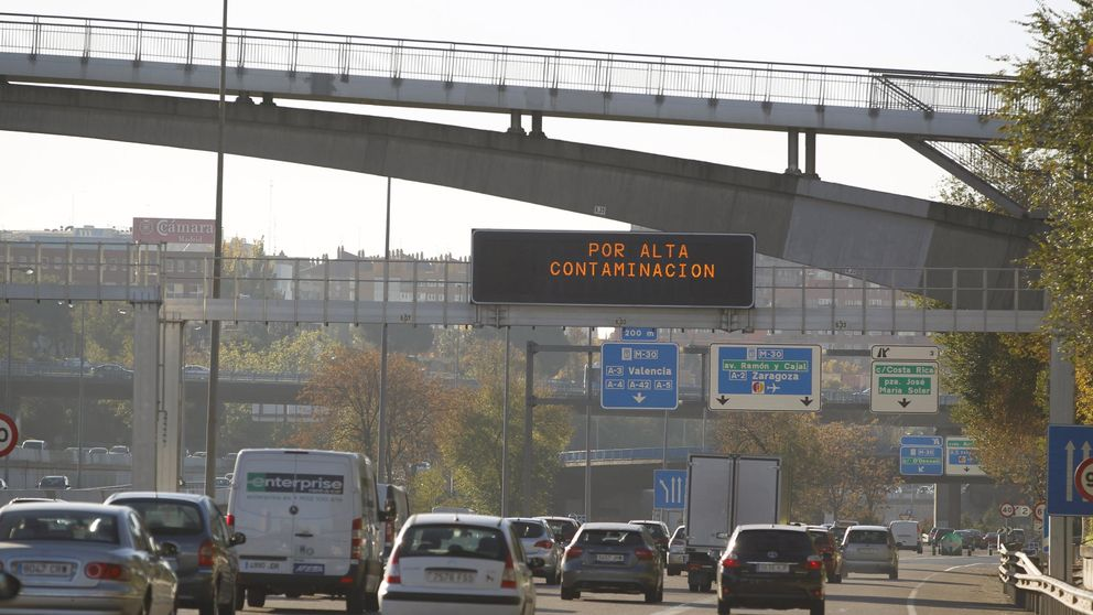 Carmena busca cargar al Estado la gratuidad del transporte público en casos de polución