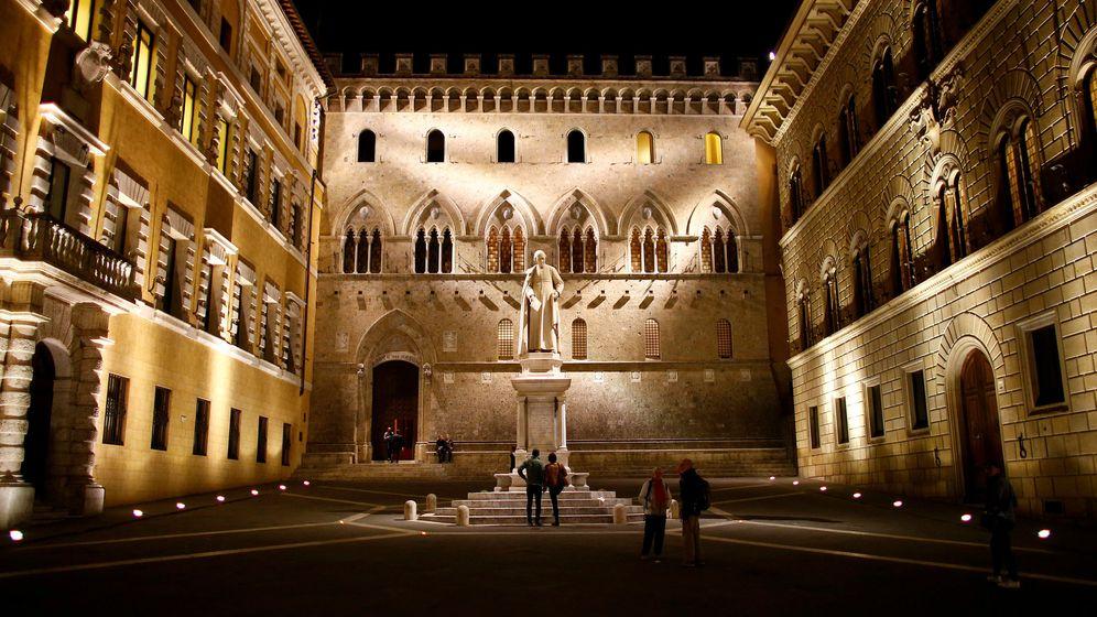 Foto: El patio de la sede del banco Monte dei Paschi en Siena (Italia). (Reuters)