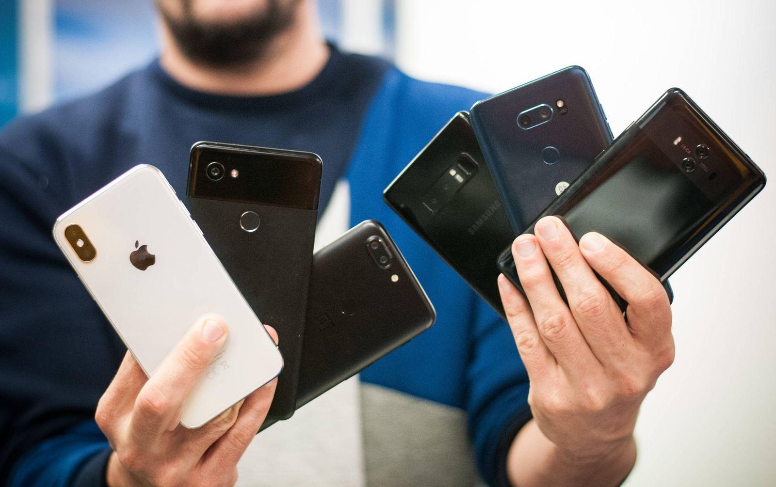 Foto: Objetivo: iPhone X. Los contendientes en la prueba. (C. Castellón)