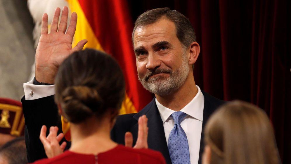 Foto: El Rey, tras su discurso, en el acto del 40 aniversario de la Constitución en el Congreso. (EFE)