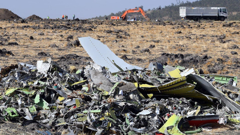 Restos del fuselaje del Boeing 737 Max 8 de Ethiopia Airlines
