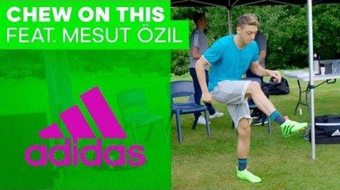 ¿Te comerías el chicle de Özil?