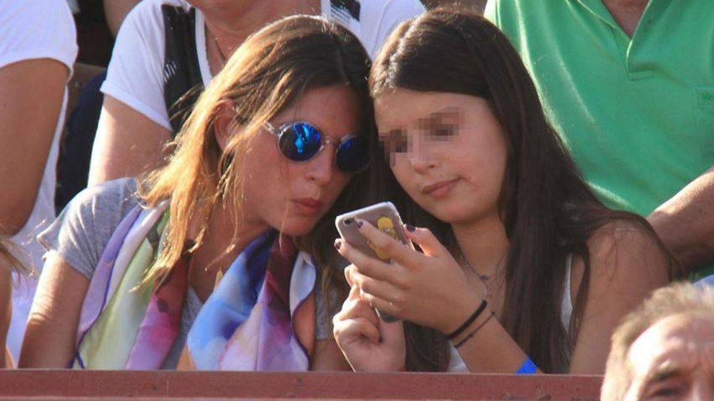 Lea aquí: así es (pixelada) la hija de Fran Rivera y Eugenia Martínez de Irujo