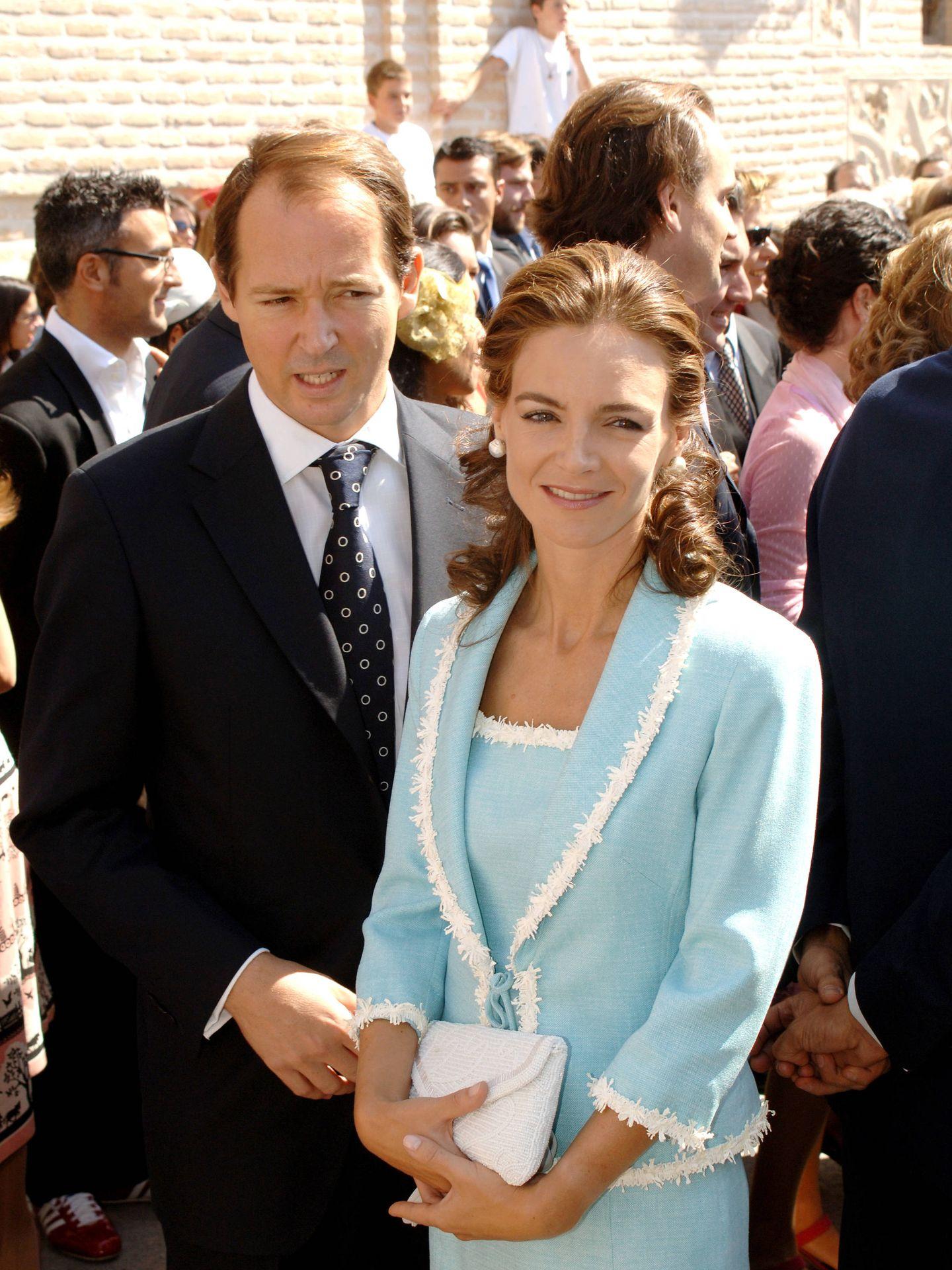 María García de la Rasilla, de Óscar de la Renta, y Constantino de Bulgaria. (Korpa)