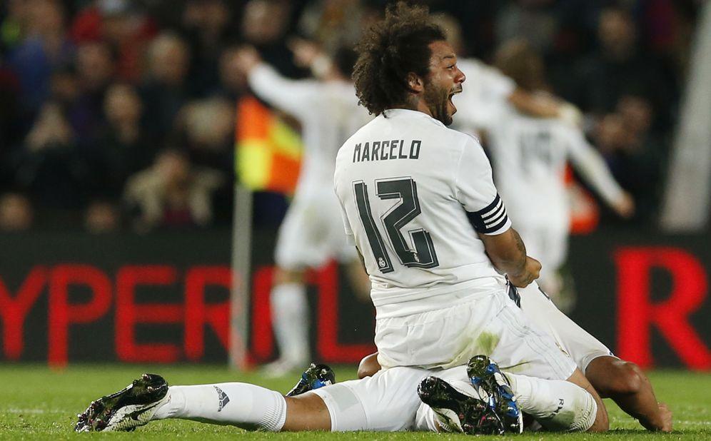 Foto: Marcelo celebra el gol marcado por Cristiano Ronaldo que dio el triunfo al Real Madrid en el último Clásico (Reuters)
