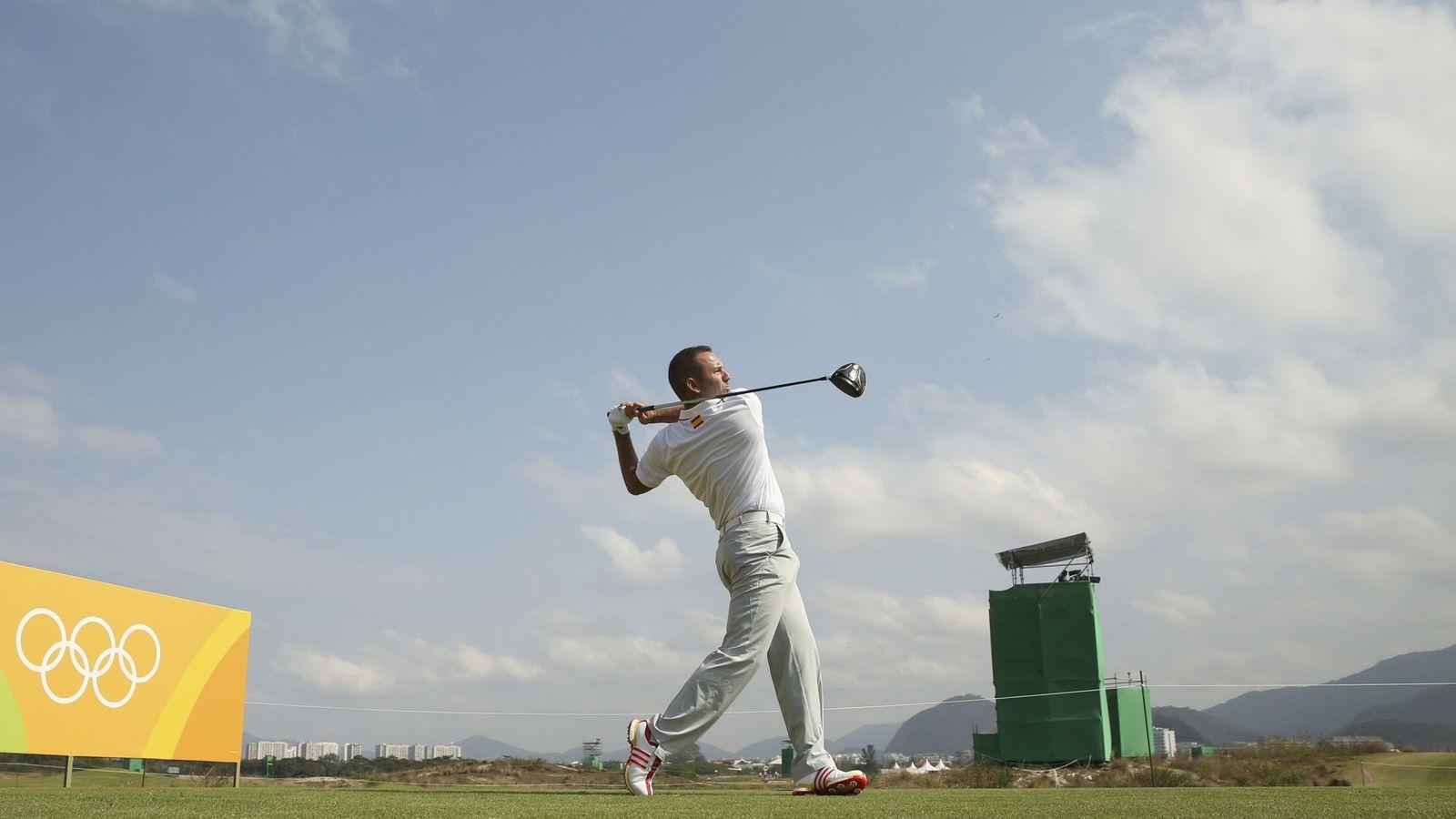 Foto: Sergio García entrenando en el Campo Olímpico de Golf de Río (Andrew Boyers/Reuters).