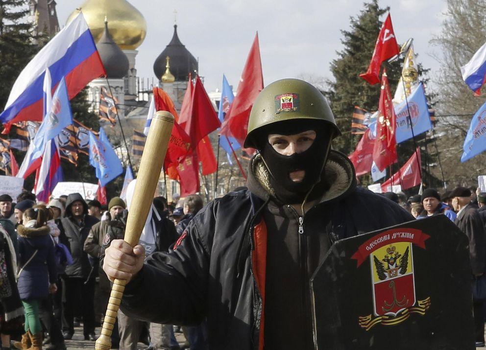 Manifestantes durante una marcha prorrusa en Odessa (Reuters).
