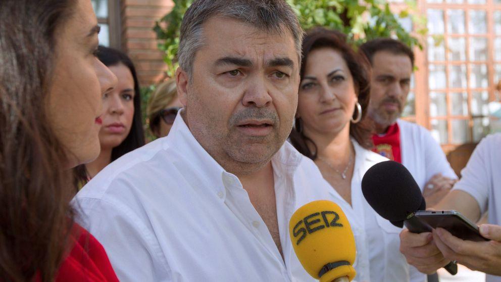 El PSOE acusa a Casado de utilizar la exhumación como cortina de humo