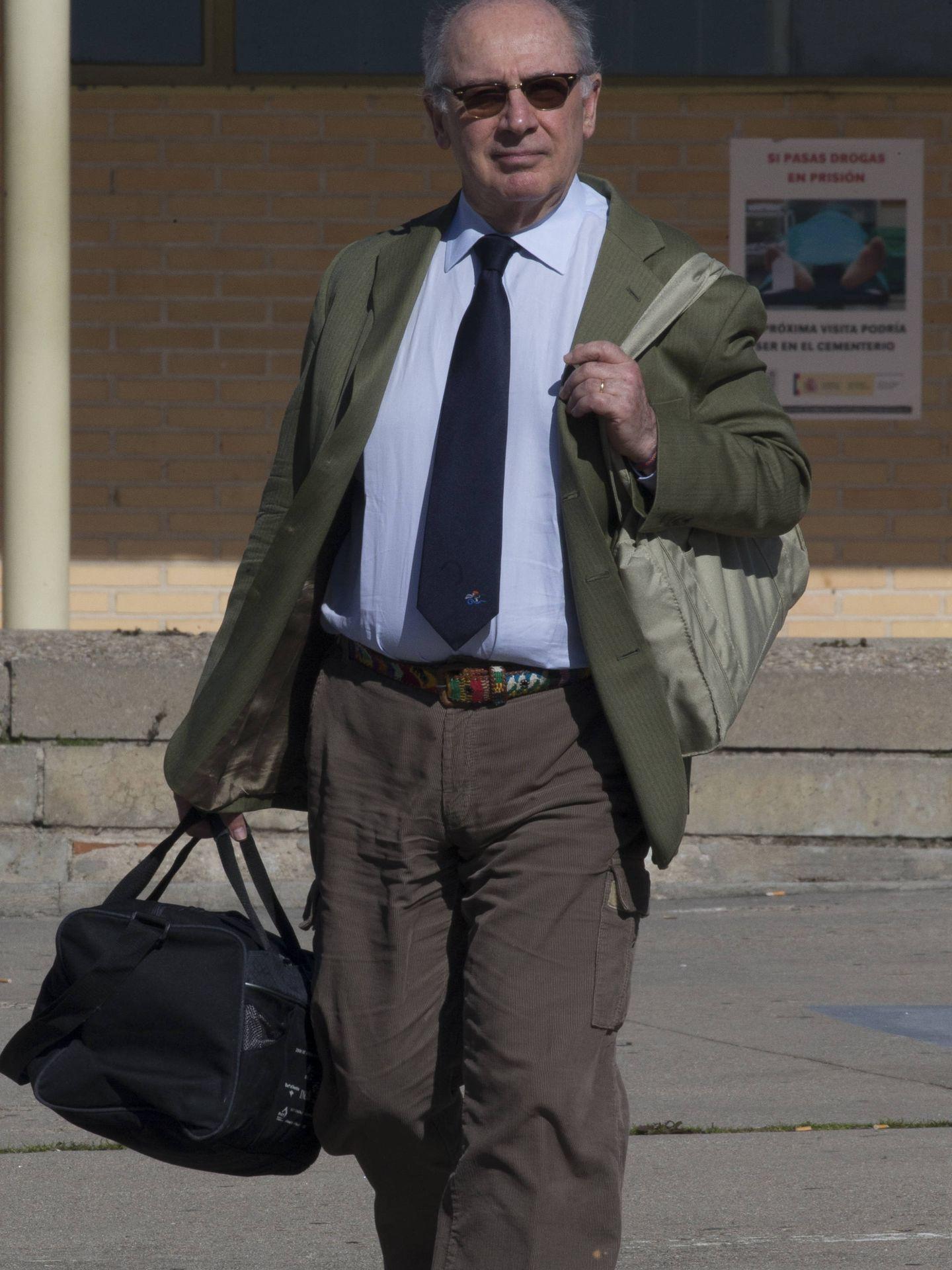 Rodrigo Rato, a la salida de la cárcel. (Foto: José Martín)