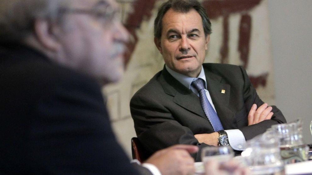 Artur Mas recorta dinero a las ONG y lo dedica al soberanismo