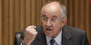 Foto: Mafo saca pecho por su gestión y achaca a Aznar y Zapatero la crisis de la banca
