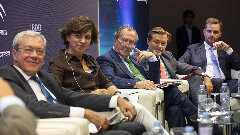 Rogelio Velasco, Junta de Andalucía; Macarena Gutiérrez, Atlantic Copper; Antonio Moreno, Acerinox; Álvaro Badiola, Cepsa; y Álvaro de la Haza, Cosentino.