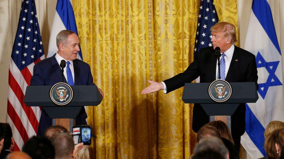 Foto: El presidente de EEUU, Donald Trump (d), y el primer ministro israelí, Benjamin Netanyahu. (Reuters)
