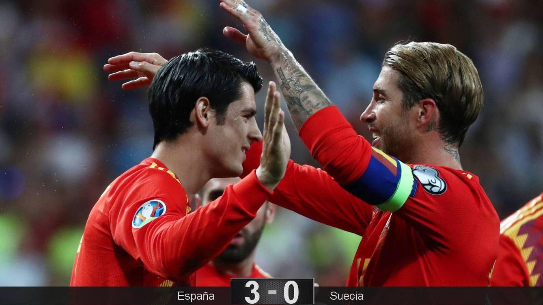 Foto: El abrazo de Morata y Sergio Ramos tras el gol del delantero ante Suecia. (Reuters)