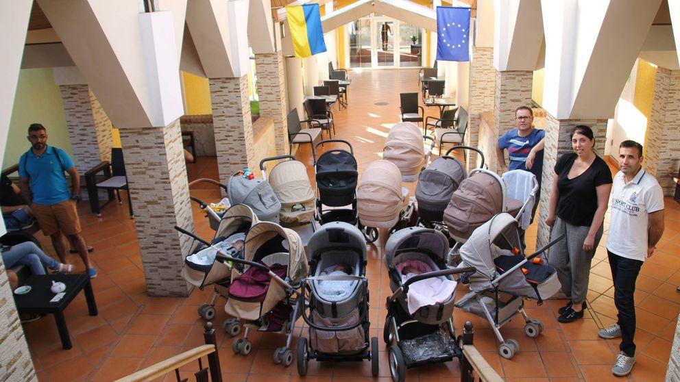 Pesadilla en Kiev para 20 familias de vientre de alquiler: No dan pasaporte a los bebés