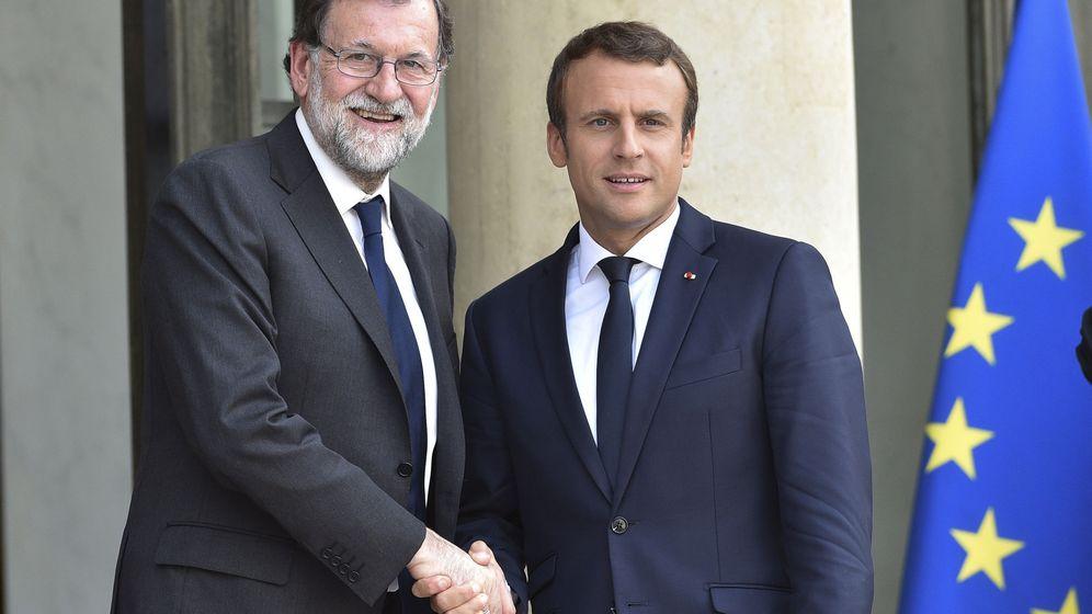 Foto: El presidente francés, Emmanuel Macron, y el español, Mariano Rajoy. (EFE)