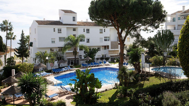 Una de las piscinas del complejo La Costa de Mijas. (EFE)