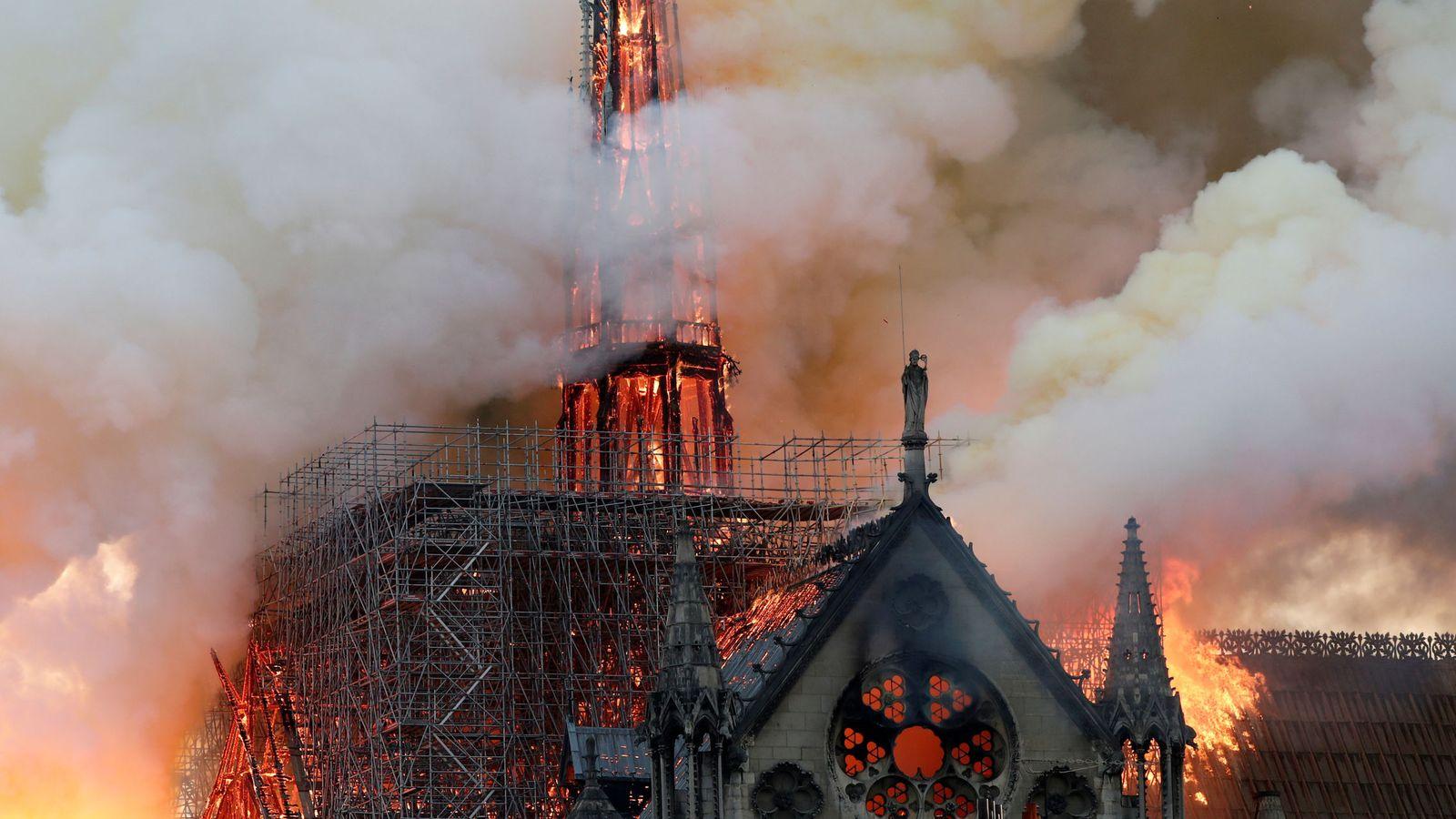"""Foto: """"Aquí no hay fuego"""": así fue el grave error humano que condenó a Notre Dame al fuego. (reuters)"""