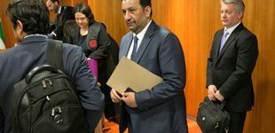 Post de La Policía acude a las oficinas del Málaga por orden de la jueza del caso contra Al Thani
