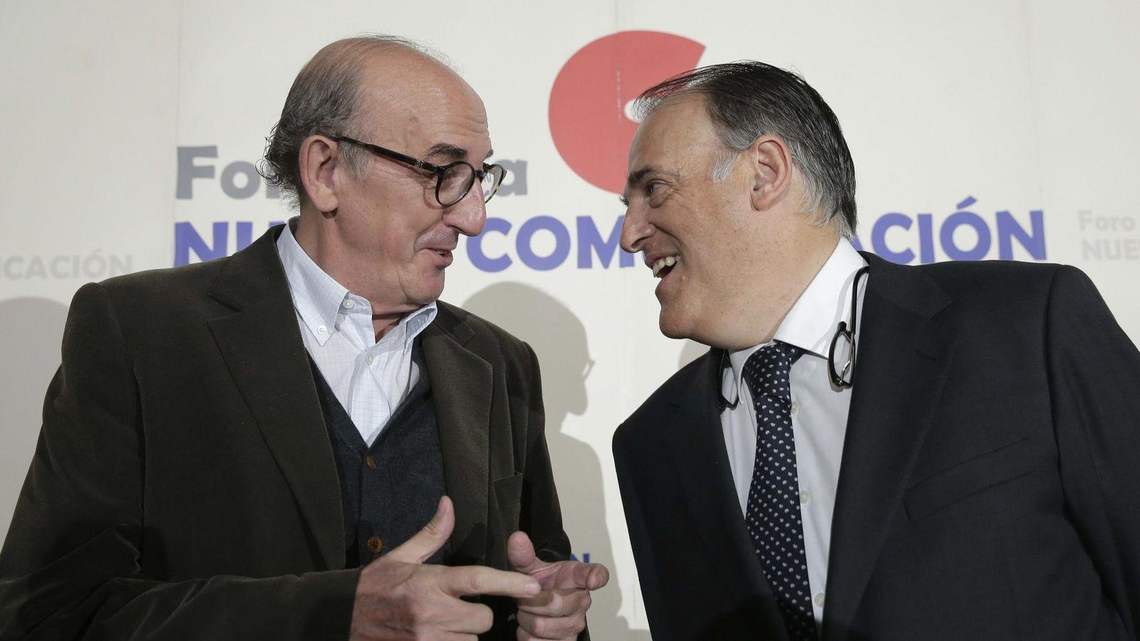 Foto: Jaume Roures y Javier Tebas (EFE)