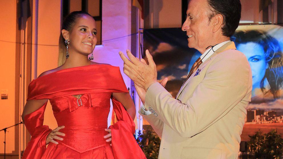 Gloria Camila deslumbra a todos con un vestido de Rocío Jurado