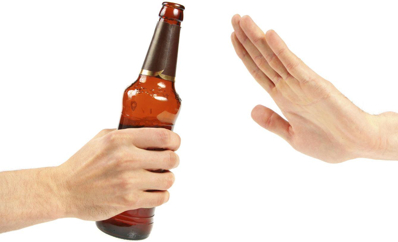 Foto: Fíjate bien. Este es el gesto que tienes que hacer durante cuatro semanas para cuidar de tu salud a lo bestia. (iStock)