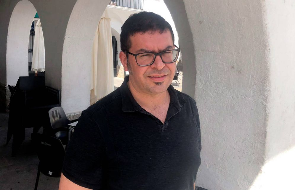 Foto: Estanislao Nistal Villán, tras la entrevista. (A. V.)
