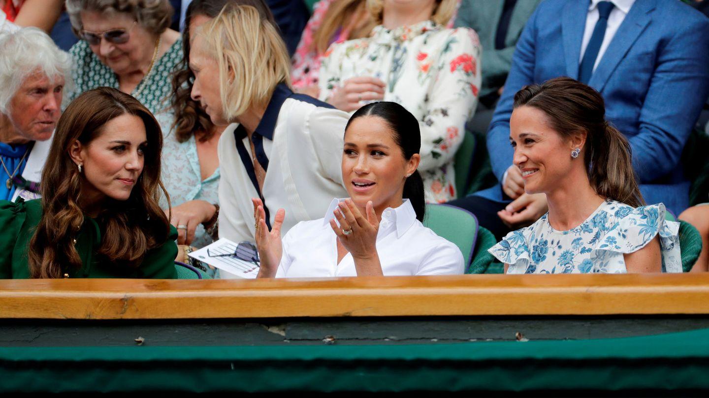 Meghan Markle, con las hermanas Middleton. (Reuters)