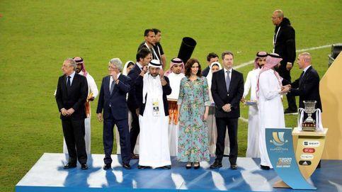 El trapo floreado de Díaz Ayuso para limpiar el régimen saudí y ensuciar el feminismo