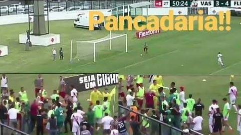El baile que desató una batalla campal en un partido de fútbol en Brasil
