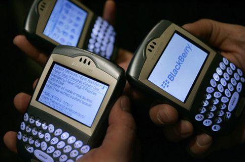 El 'sorpasso' de BlackBerry a Windows Mobile revoluciona la telefonía móvil
