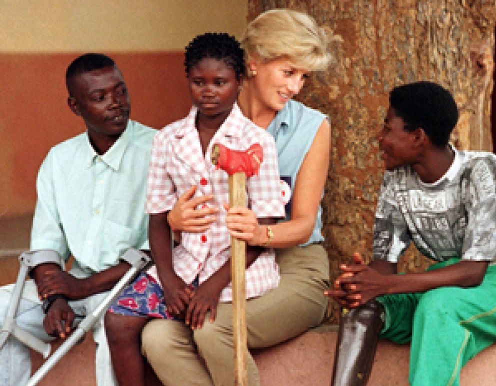 Los hijos de Lady Di, el relevo en sus labores humanitarias
