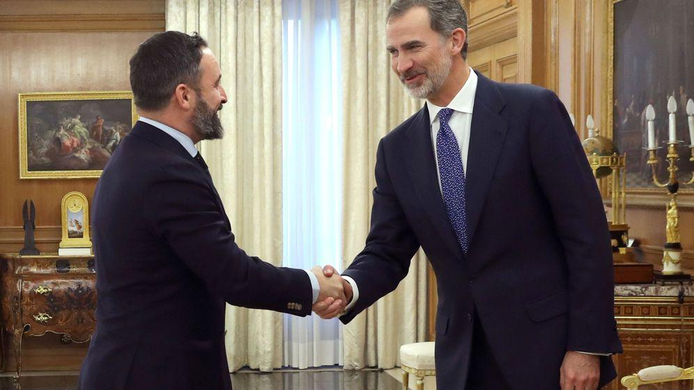 Foto: Abascal, con el rey Felipe VI. (EFE)