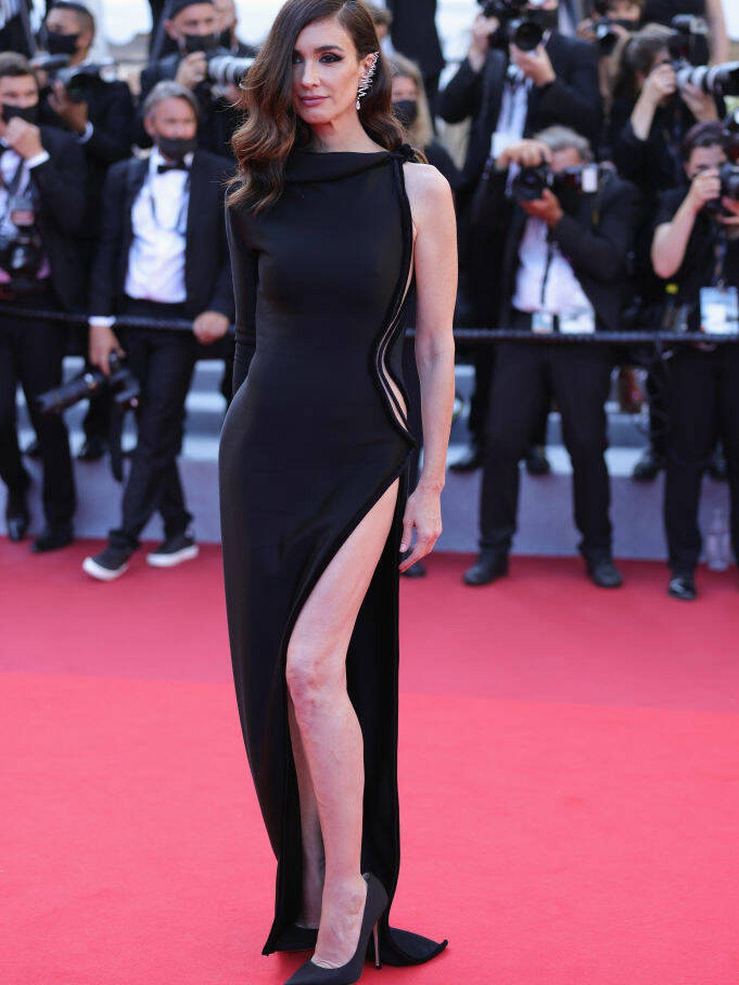 Paz Vega con su vestido de Nicolas Jebran en Cannes. (Getty)