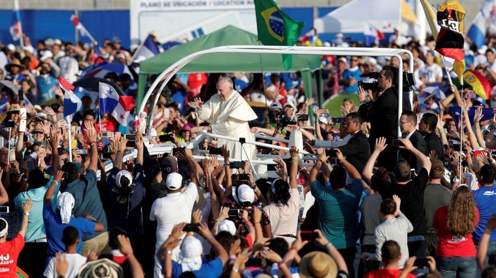 Foto: El Papa Francisco oficia la misa de cierre de la Jornada Mundial de la Juventud en Panamá. (EFE)