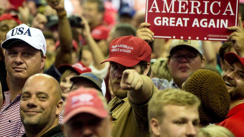 Foto: El presidente de EEUU, Donald Trump, realiza un mitin en Southaven, Mississippi. (EFE)