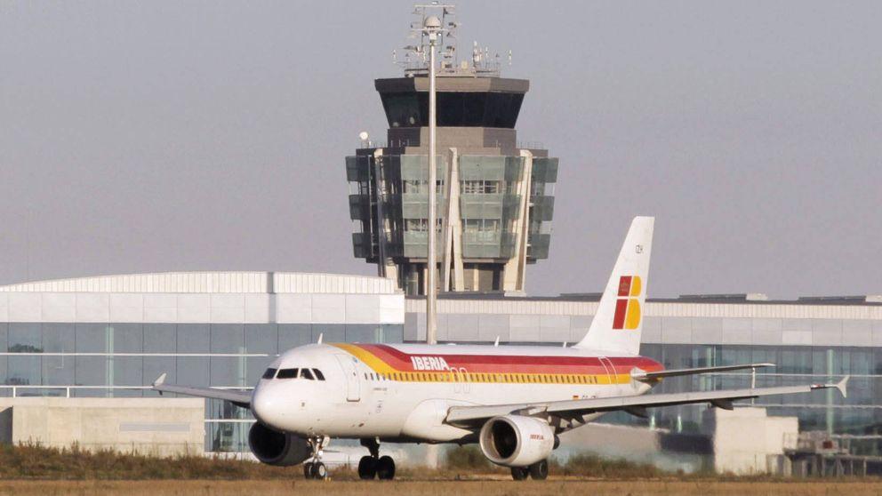 No solo El Prat: más paros parciales en los aeropuertos de A Coruña y Santiago