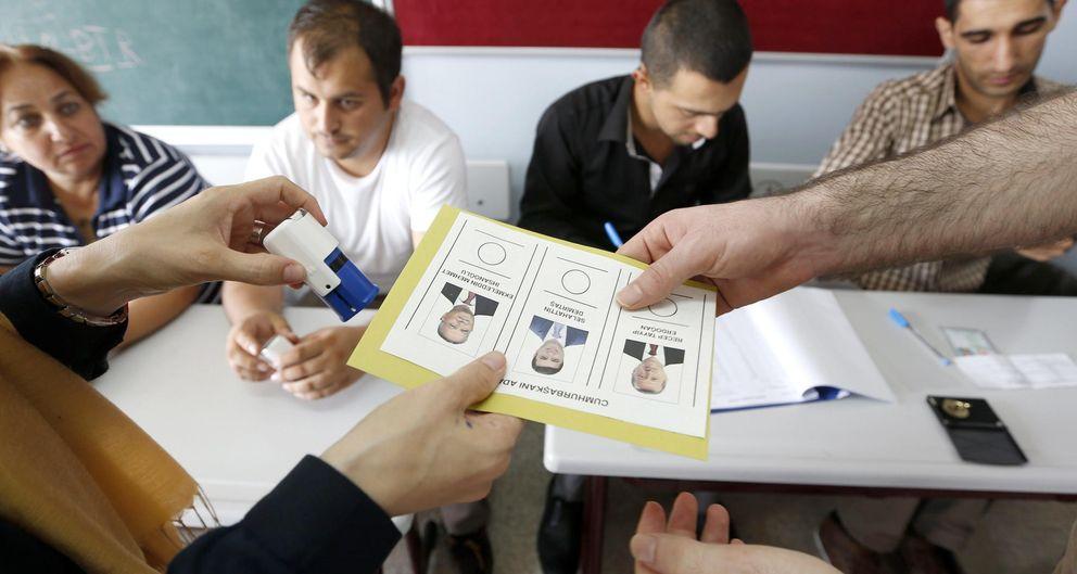 Imagen de un colegio electoral. (Efe)