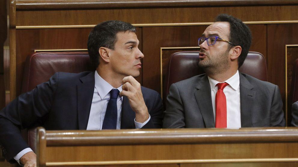 El PSOE pide a Rajoy que negocie con todas las derechas antes de ver al Rey
