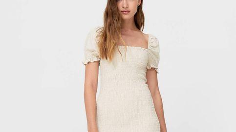 El vestido corto efecto una talla menos que Stradivarius vende por 26 euros