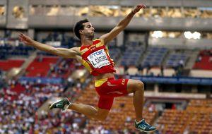 Eusebio Cáceres olvida las lesiones y ya piensa en dar 'el gran salto'