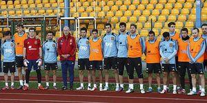 Foto: La belleza del fútbol está fuera del campo: Guardiola y Puyol también ayudaron a Miki