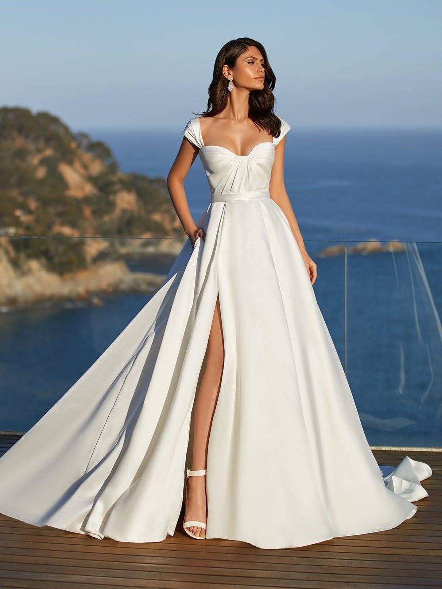 Vestido de corte princesa de Pronovias. (Cortesía)