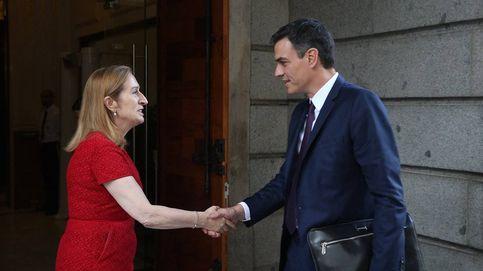 Primera visita de Sánchez a a Pastor... pero por los 40 años de la Constitución