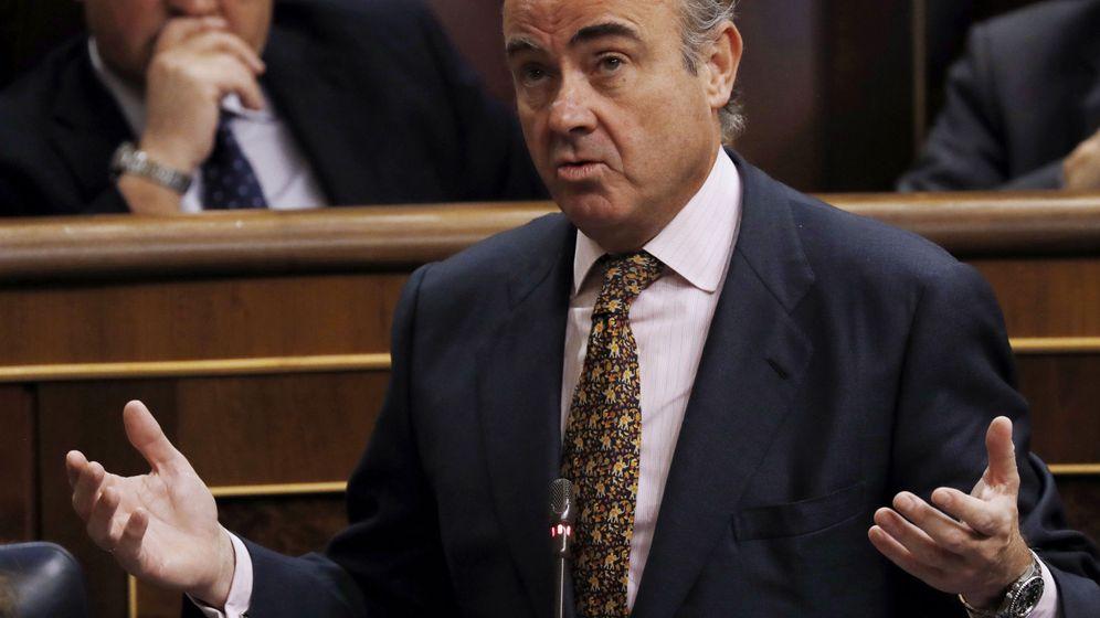 Foto: El ministro Luis de Guindos en el Congreso. EFE