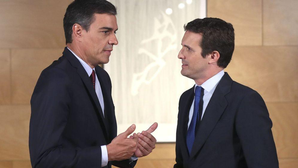Foto: Pedro Sánchez y Pablo Casado, en un encuentro en Moncloa. (EFE)