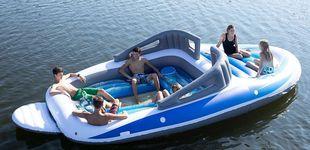Post de El 'yate de los pobres': el barco 'low cost' hinchable para triunfar este verano