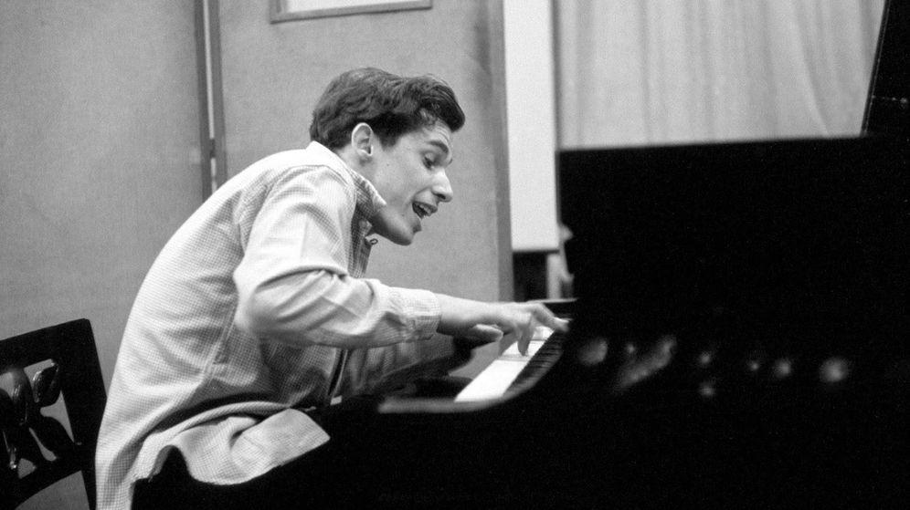 Foto: Glenn Gould al piano.